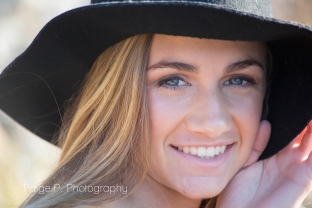 girl-hat-senior-pictures